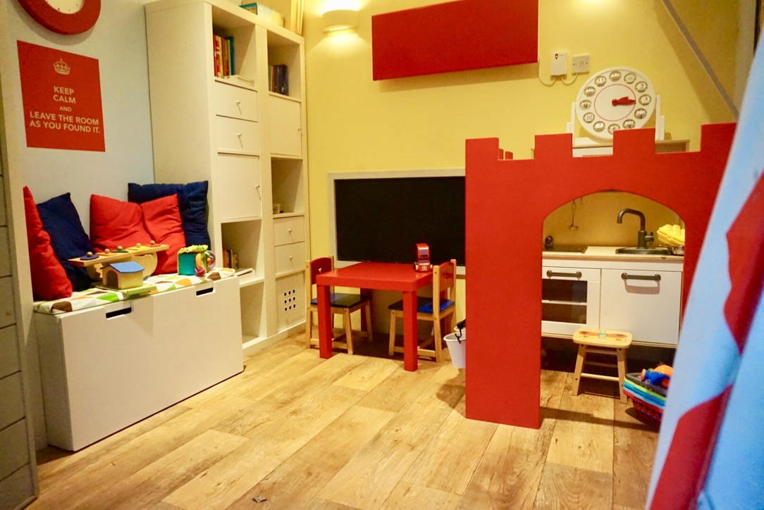 Family travel to The Cowshed in Dorset. The playroom