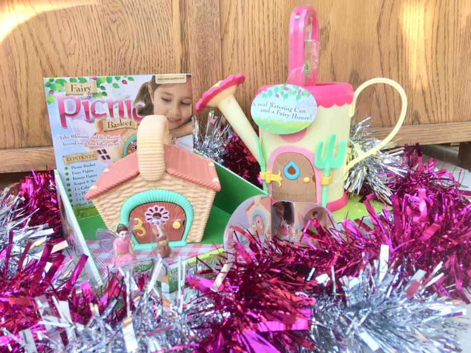 My fairy garden picnic basket and watering can