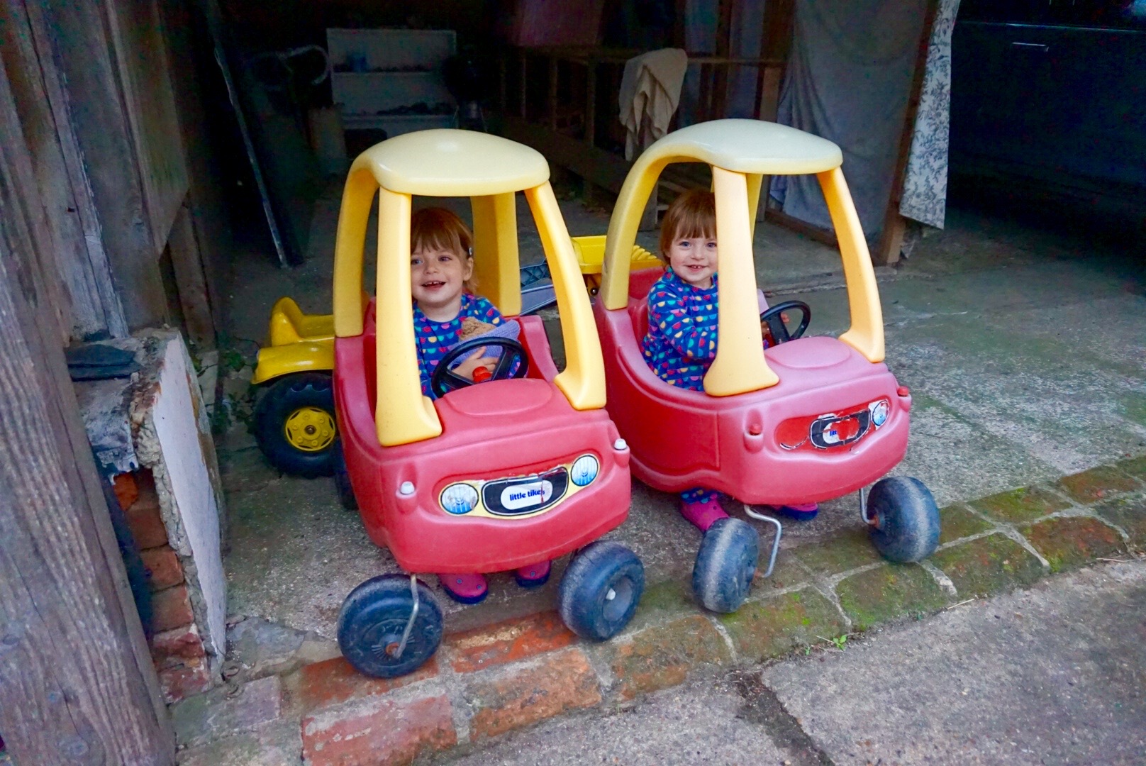 twins in go carts at kennel farm holiday cottages