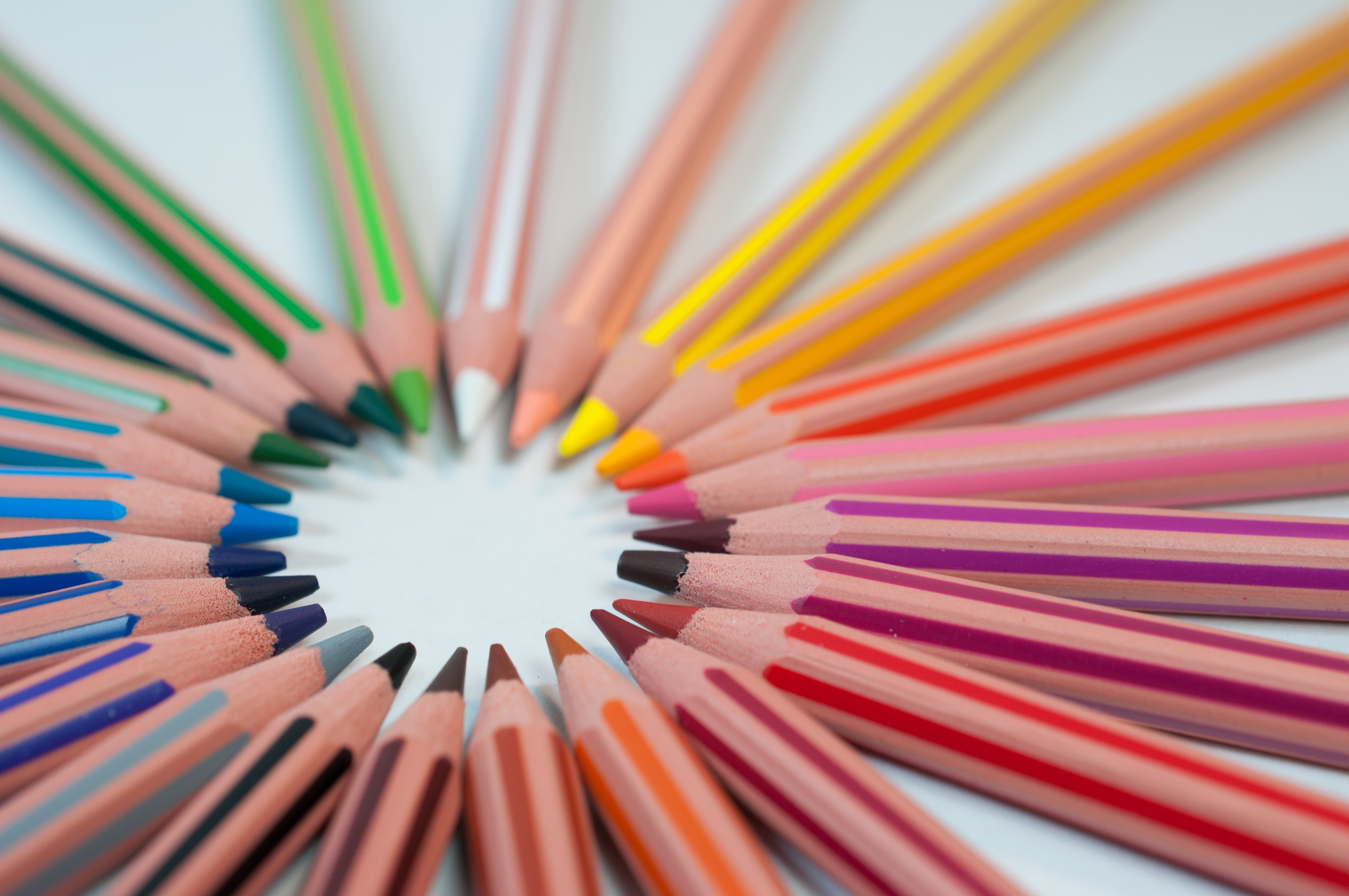 rainbow colour of pencils getting organised for school