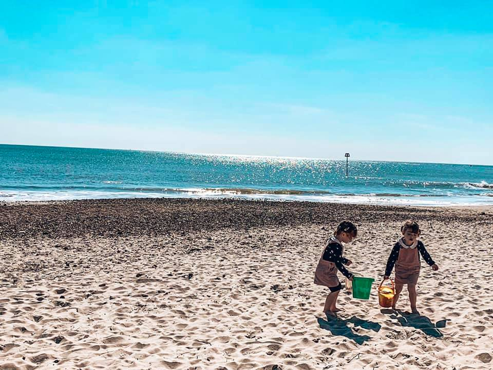 Friars Beach, beach huts near Spindle cottage. A family friendly cottage in the New Forest with Baby Friendly Boltholes.