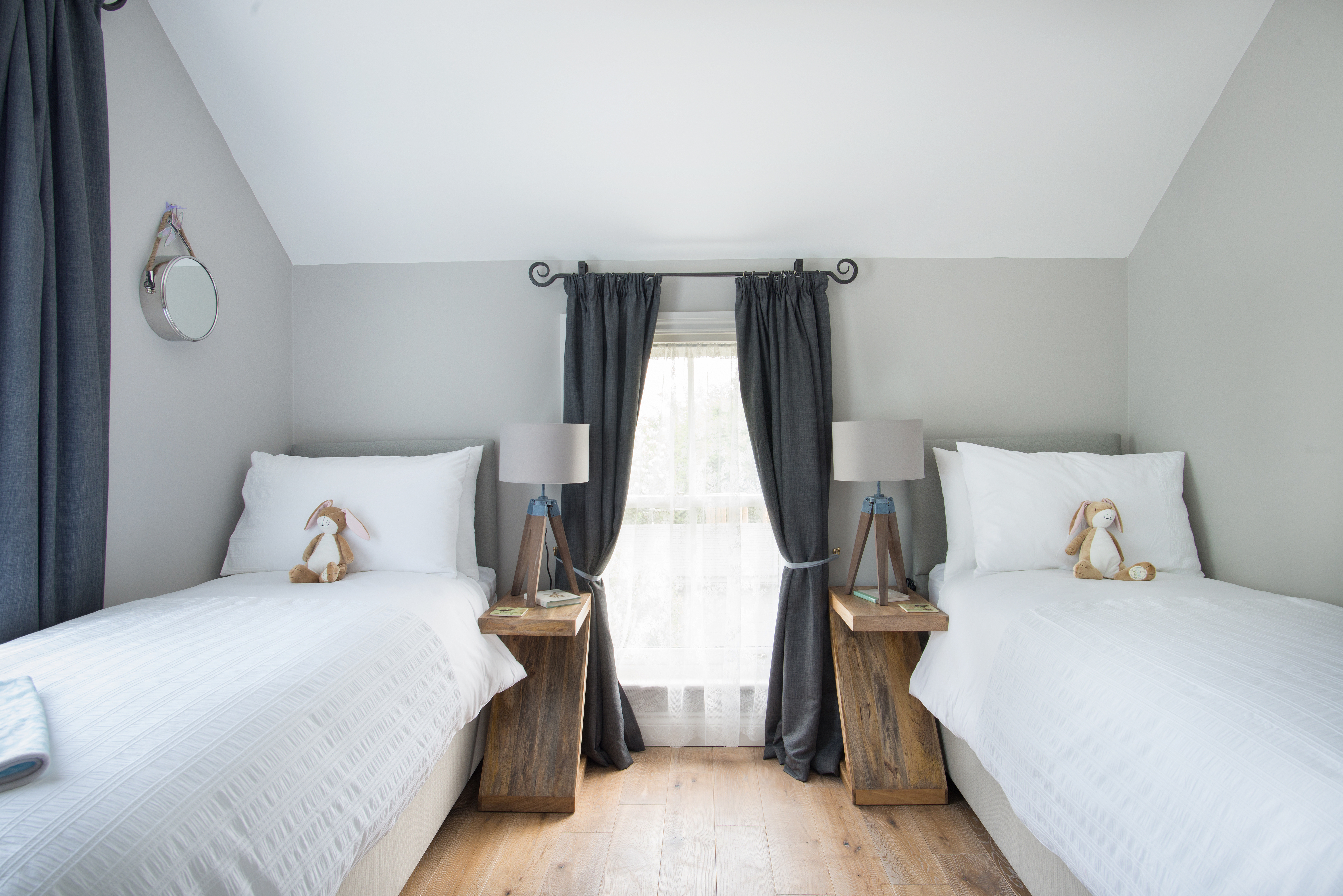 Twin bedroom at Spindle cottage. A family friendly cottage in the New Forest.