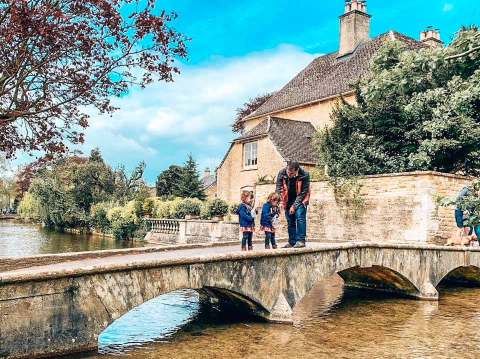 Days out in the Cotswolds at Bourton on the Water, Twins looking at the ducks