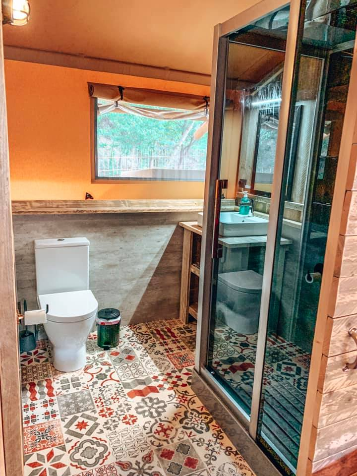 Bathroom at Can Bora lodges