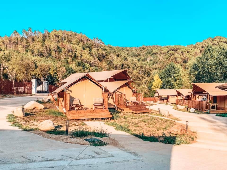 Can Bora Safari lodges in Spain