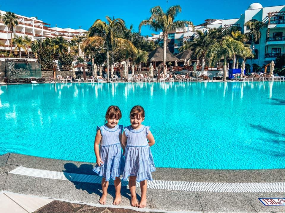 Main swimming Pool at the Princesa Yaiza with twins posing - not heated