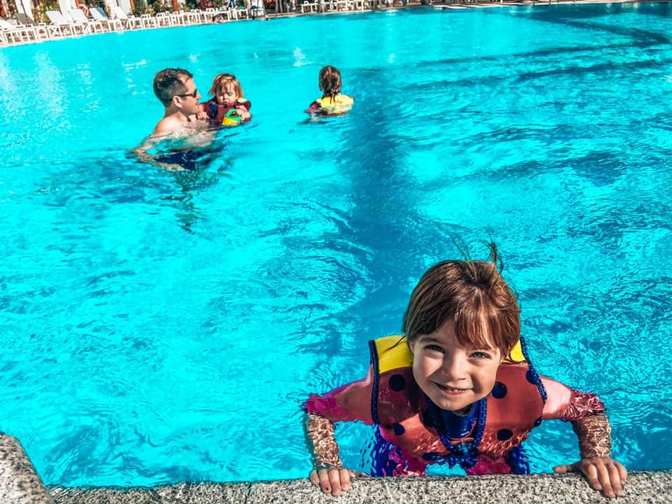 Family swimming pool outside the family block at princesa Yaiza