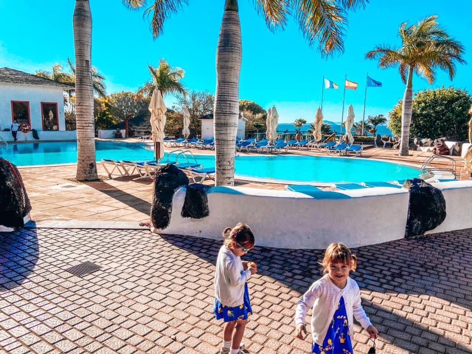 Swimming pool at Kikoland Kids Club in the Princesa Hotel