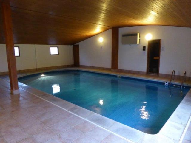 Pyesmead indoor swimming pool