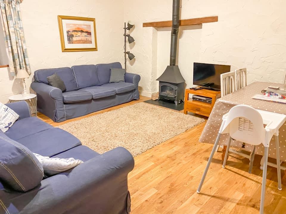 Glynn Barton lounge