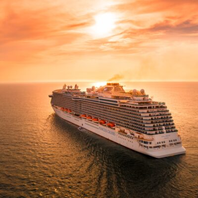 A Friendly Guide for First-time Cruising with Kids